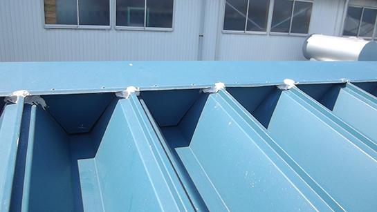 折板屋根の特徴