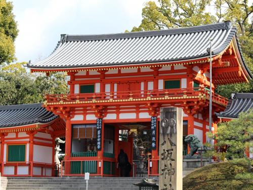 神社の屋根って普通の屋根と何が違うの?
