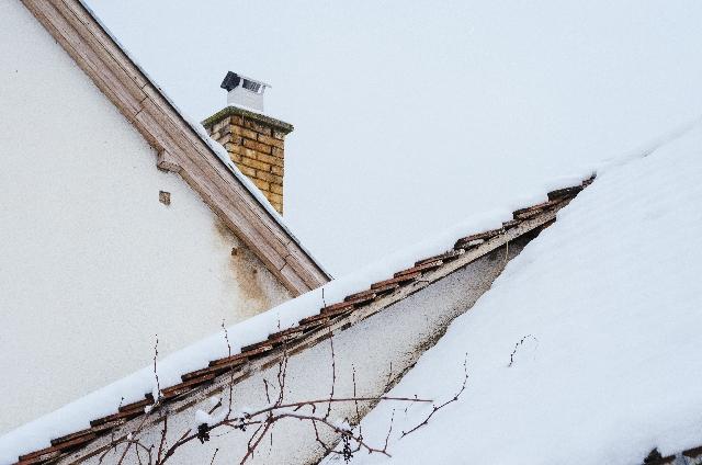 寒冷地でも耐える、凍結につよい屋根材ってなに?