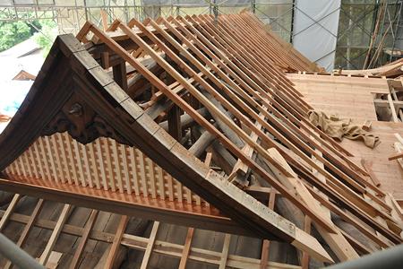神社の屋根の特徴について