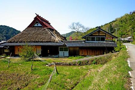 茅葺き屋根の現状