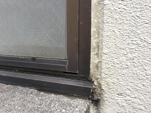 ⑥窓サッシやパッキンの劣化