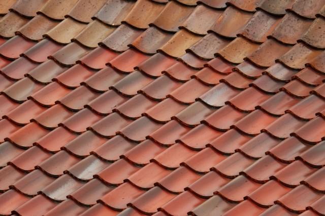瓦屋根の種類や形を徹底解説!葺き替えのイメージに合うものを見つけよう!